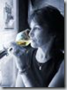 Women are more likely to be able to taste more flavors in wine than men.